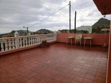 Casa con terraza de 50m. , 3 habitaciones. Valle San Lorenzo