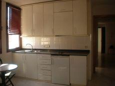 Apartamento de 1 habitaci�n los gastos incluidos menos luz