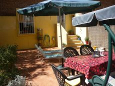 Apartamento amueblado con patio de 52m en Estrecho