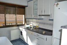 Piso en sestao de 3 habitaciones, bsalon, cocina y ba�o