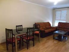 Piso de 2 habitaciones amueblado,electrodomesticos y garaje