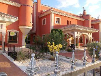 Villa en las ramblas golf Campoamor foto 1