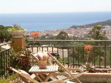 Villa con licencia hut y vistas al mar 1,8 Kms playa lloret