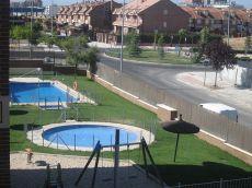 Piso en Hospital de Fuenlabrada con piscina