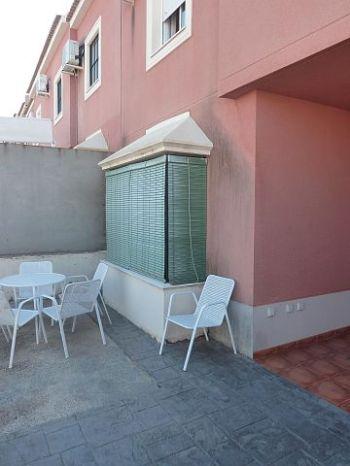 Casa adosada con porche de entrada 2951683 - Porche entrada vivienda ...