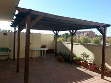 Piso amueblado con gran terraza en alquiler