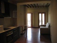 Casco antiguo Apartamento amplio reformado amueblado