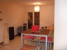 En la Xara, Denia, piso tranquilo con terraza y garaje