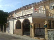 Casa en centro Ogijares, reformada, gran patio con piscina