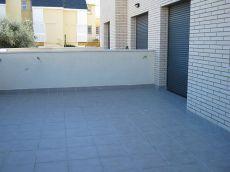 Bajos en segur con terraza de 90 mts