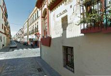 San Lorenzo, Estudio amueblado