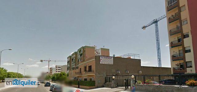 Avda de andalucia 1801380 for Alquiler de viviendas en sevilla particulares