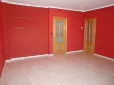 Alquilo apartamento muy amplio en Francisco Pizarro 62