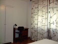 Barrio Alhamar bonito piso de tres dormitorios y dos ba�os