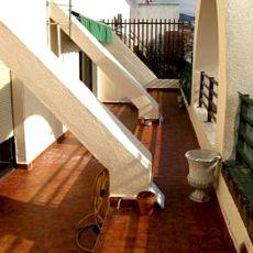 Atico sin muebles con gran terraza