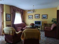 Zona Marianistas. Unifamiliar de 4 dormitorios amueblada