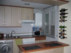 Apartamento de 1 dormitorio, cocina americana, amueblado
