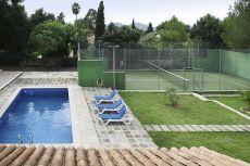 12913 Chalet con piscina y paddle jardines Alcudia