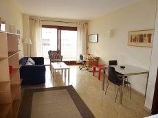 Apartamento con terraza muy amplio en calle Luis F�bregas