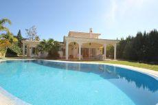 Villa en Elviria