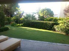 Apartamento con jardin privado en Sierra Blanca