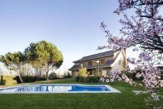 Alquiler casa piscina y calefaccion Alcobendas