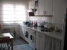 Piso en Pola de Siero, amplio de 2 habitaciones y dos ba�os.