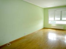 Piso en Pola de Siero, 2 habitaciones, garaje y trastero