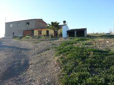 Casa campo con terreno en Maqueda