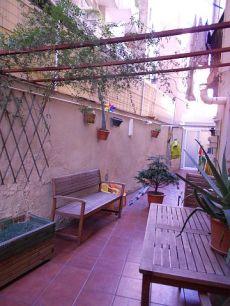 Alquiler bajo con patio