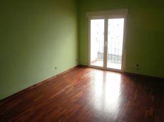 Alquiler piso calefaccion y balcon Centro