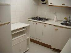 Un 1 de dos habitaciones, ba�o y aseo