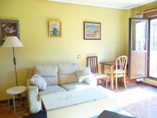 En Oviedo centro, alquilo apartamento amueblado.