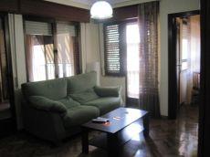 Piso de 2 dormitorios en Dimas Madariaga.