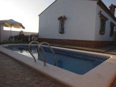 Bonita vivienda con piscina privada cerca de la playa