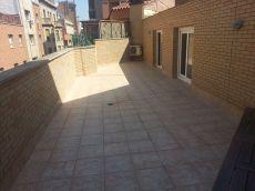 Precioso atico duplex de 2 hab dobles con bonita terraza