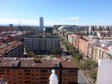 �tico en Valencia con impresionantes vistas