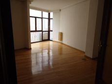 Sin muebles calefaccion central en el centro