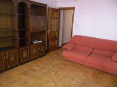 Piso 4 habitaciones, 1 sal�n y 1 ba�o completo, terraza