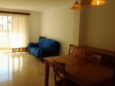 Precioso piso con terraza, 3 habitaciones, parquing.