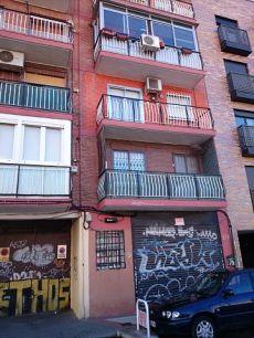 Se alquila piso en calle Sepulveda