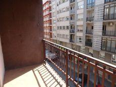 Piso de 4 habitaciones sin muebles. Tarragona