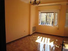 4 habitaciones exteriores, muy luminoso