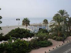 Piso situado en primera linea de playa de la rada