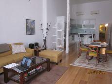 Acogedor piso duplex de dos dormitorios