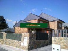 Alquiler de casa independiente en Villalba Estaci�n