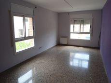 Se alquila piso de 70m, 2 hab, 1 ba�o en centro Tarragona