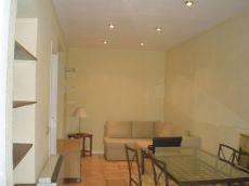 Acogedor piso ideal parejas. Exterior, luminoso y tranquilo