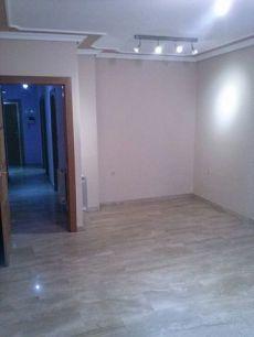 Se alquila piso apartamento en octavio cuartero 69
