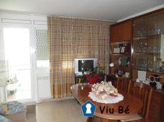 Piso conservado en Sant Lloren� de 3 habitaciones